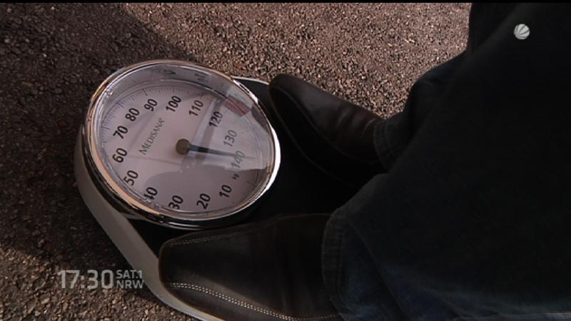 Von 140 auf 70 Kilo (Foto: SAT.1 NRW)