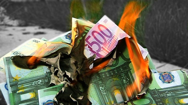 Mutmaßliche Cum-Ex-Banker vor Gericht (Foto: SAT.1 NRW)