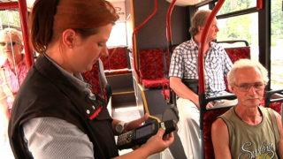 ÖPNV per Handy-Ticket (Foto: SAT.1 NRW)