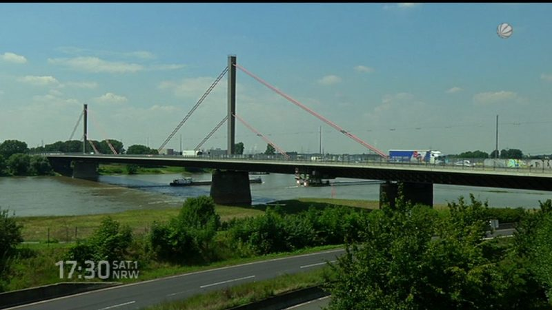 Fähre ersetzt Rheinbrücke (Foto: SAT.1 NRW)