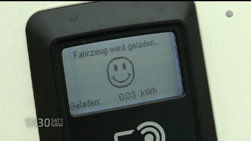 Elektro-Tankstelle in Duisburg eröffnet (Foto: SAT.1 NRW)