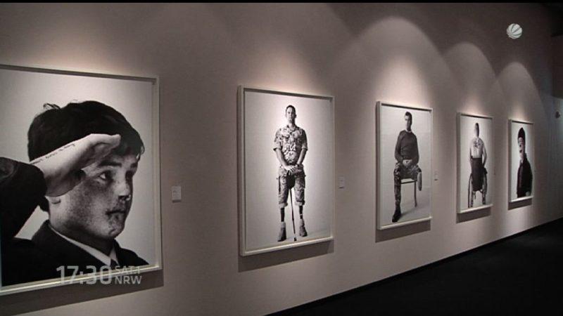 Fotoausstellung von Bryan Adams (Foto: SAT.1 NRW)