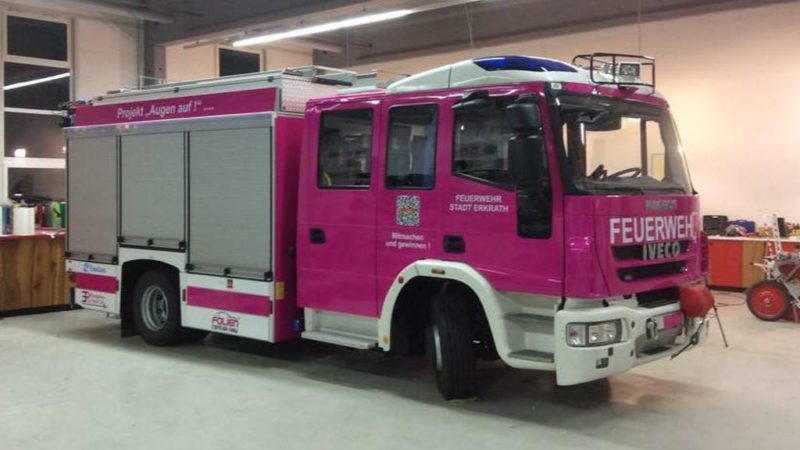 Ein Traum für jede Feuerwehrfrau! (Foto: Facebook)