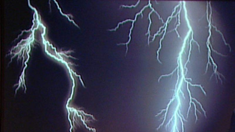 Blitz und Donner - diese Tipps retten Ihnen das Leben (Foto: SAT.1 NRW)