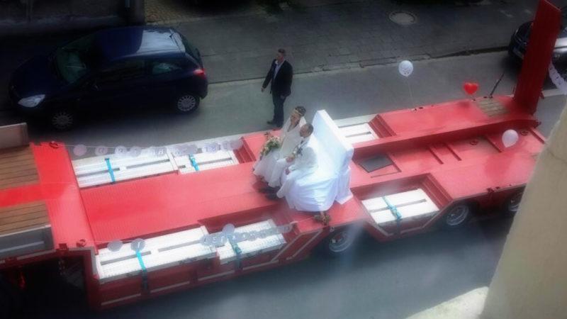 NRWs dickste Hochzeitskutsche (Foto: SAT.1 NRW)