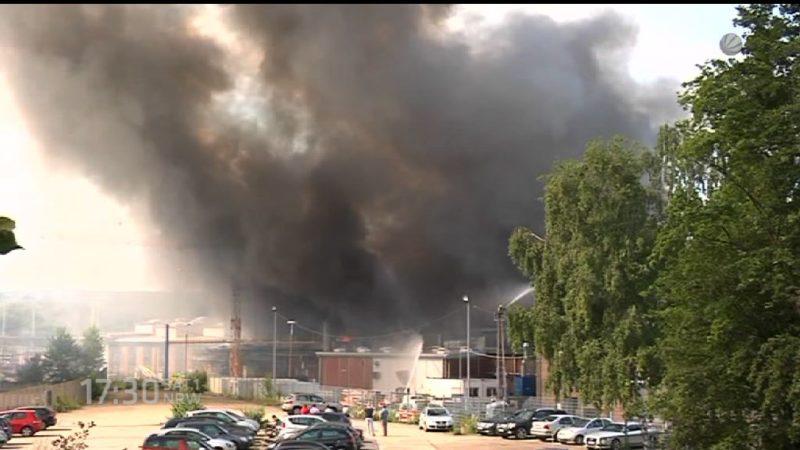 Großfeuer in Witten (Foto: SAT.1 NRW)