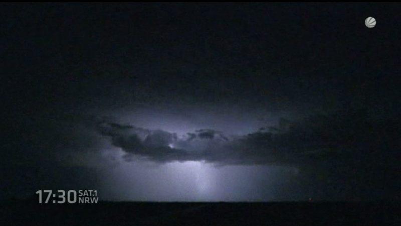 Tödlicher Blitzschlag (Foto: SAT.1 NRW)