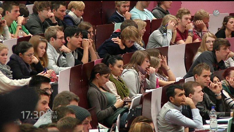 Weniger Studenten bekommen Geld (Foto: SAT.1 NRW)