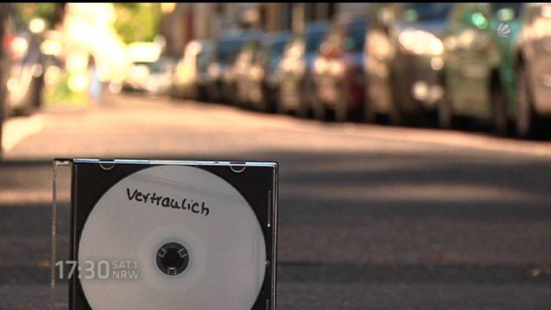 NSU-Akten auf Gehweg in Köln gefunden (Foto: SAT.1 NRW)