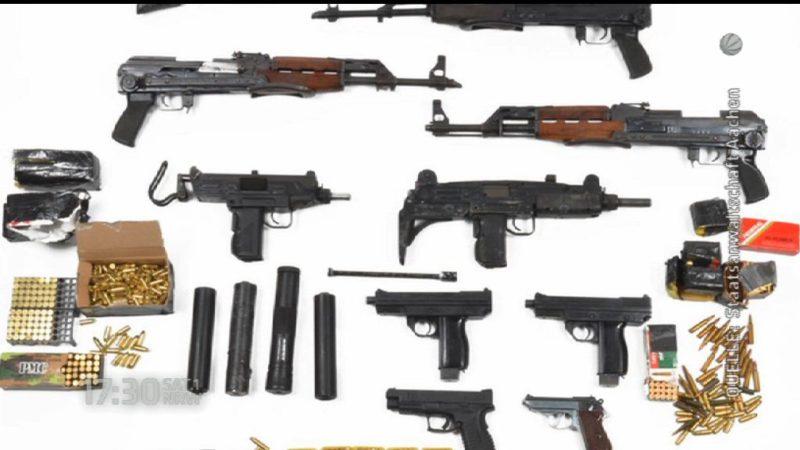 Razzia bei Waffenschmugglern (Foto: SAT.1 NRW)
