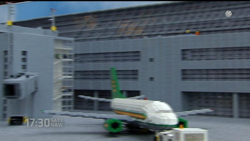 Flughafen Düsseldorf aus Lego nachgebaut (Foto: SAT.1 NRW)