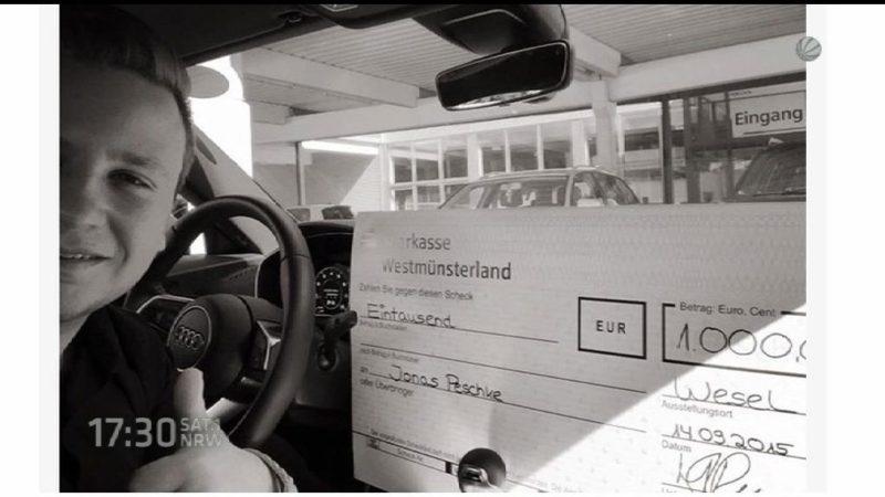 Spende für behinderten Jungen (Foto: SAT.1 NRW)