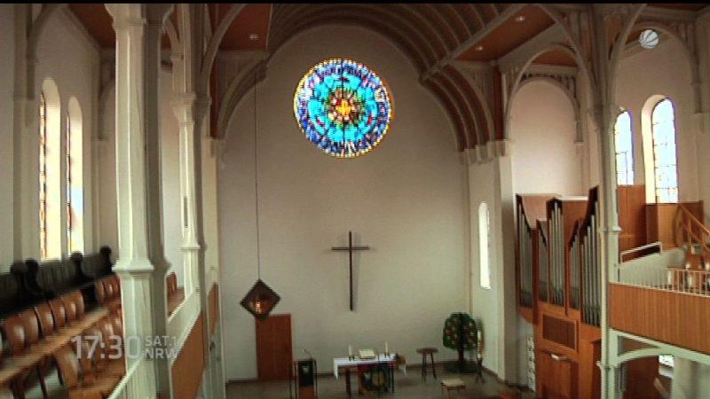 Kirche wird zur Flüchtlingsunterkunft (Foto: SAT.1 NRW)