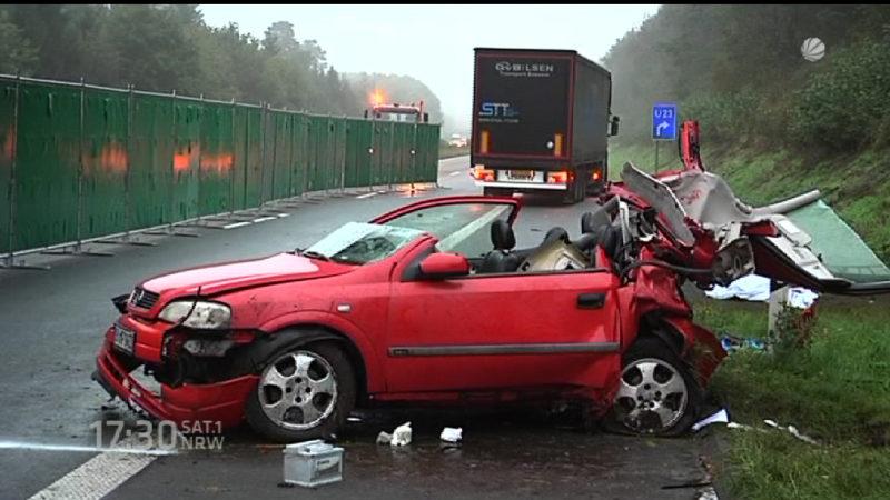 Tödlicher Unfall auf dem Standstreifen (Foto: SAT.1 NRW)