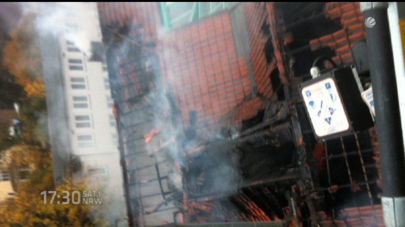 Kino in Gronau brennt (Foto: SAT.1 NRW)