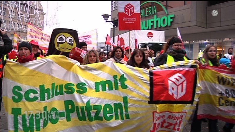 Gebäudereiniger demonstrieren (Foto: SAT.1 NRW)
