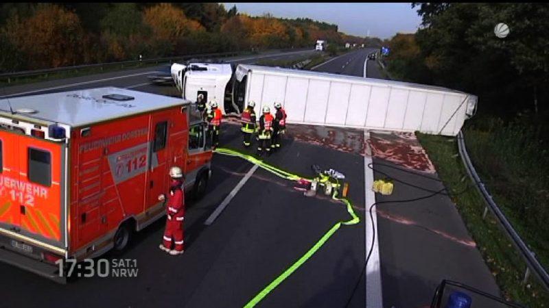 LKW Unfall auf der A31 (Foto: SAT.1 NRW)