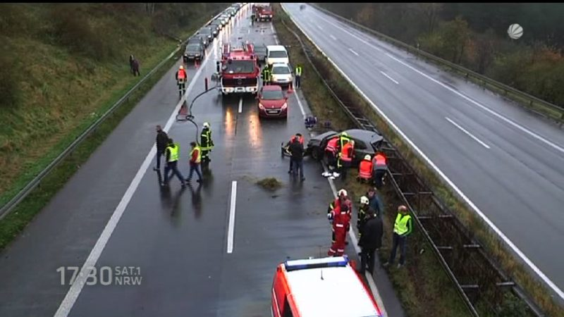 Warnung vor Unfallgefahr bei Regen (Foto: SAT.1 NRW)