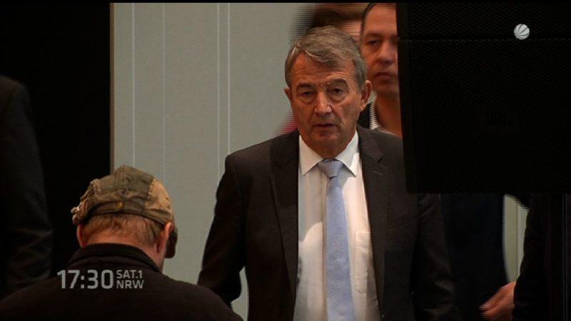 NRW Finanzminister kritisiert DFB-Status (Foto: SAT.1 NRW)