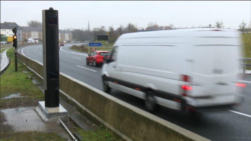 Auf der A40 in Essen blitzt es wieder! (Foto: SAT.1 NRW)