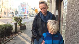 """Autofahrer nennt Kind """"Arschloch"""" (Foto: SAT.1 NRW)"""