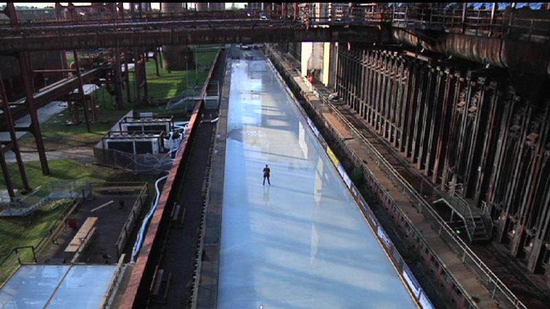 Die beste Eisbahn im Revier (Foto: SAT.1 NRW)