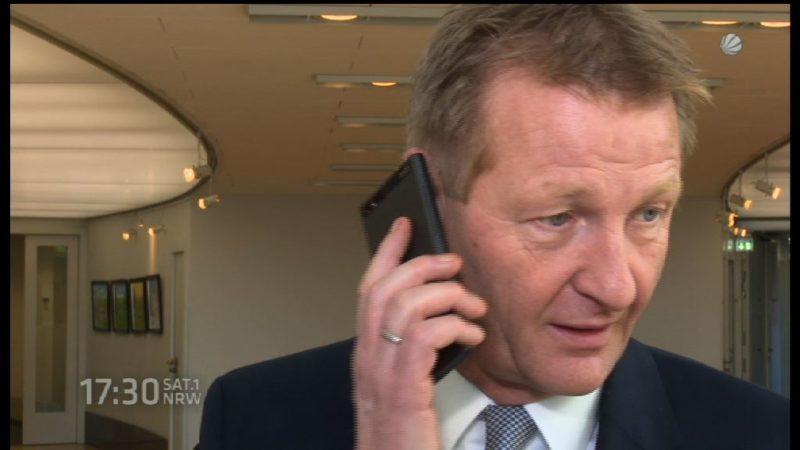 Innenminister in der Kritik (Foto: SAT.1 NRW)