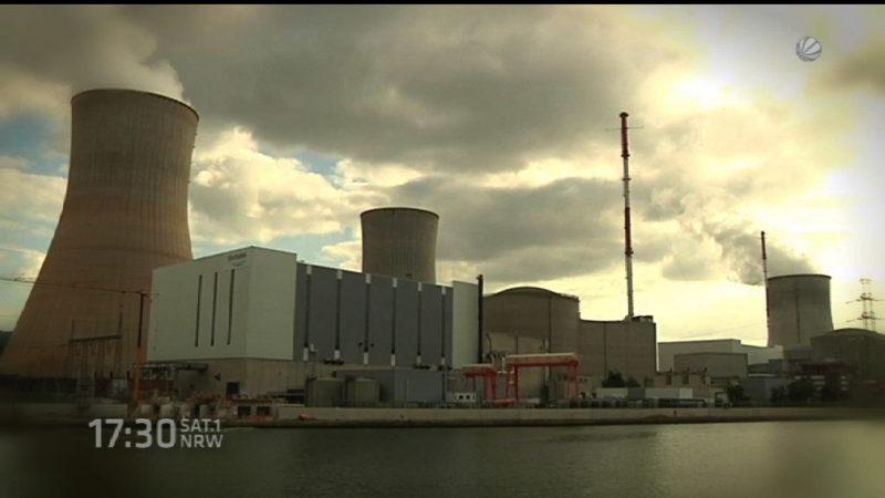 Brand in Schrott-Atomkraftwerk (Foto: SAT.1 NRW)