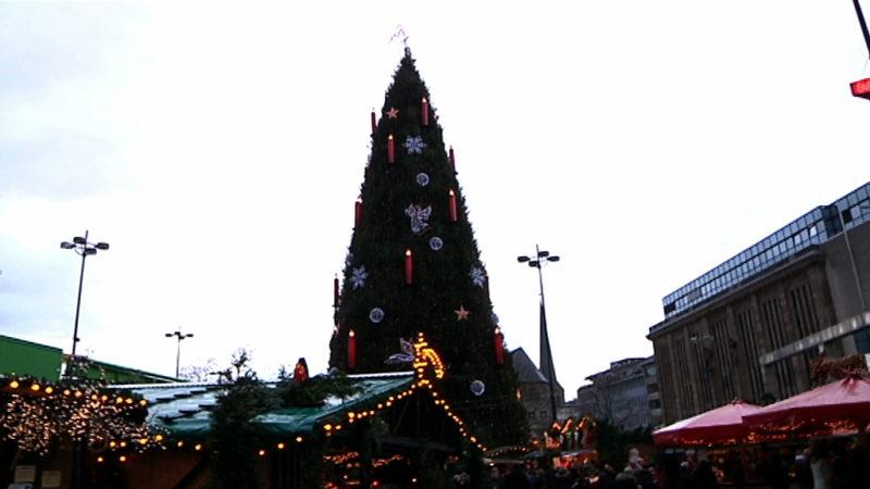Oh du warme Weihnachtszeit! (Foto: SAT.1 NRW)