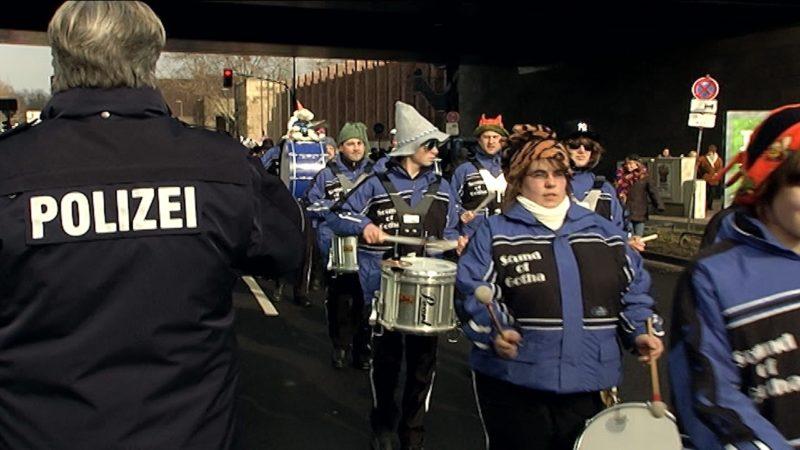 Mehr Sicherheit an Karneval (Foto: Sat.1 NRW)