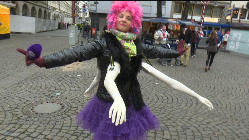 Karneval mit einer Armlänge Abstand (Foto: SAT.1 NRW)