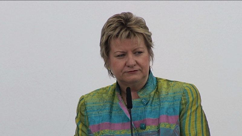 Hat NRW-Schulministerin geschummelt? (Foto: Sat.1 NRW)