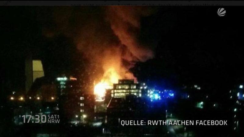 Maschinenhalle der Universität Aachen brennt ab (Foto: SAT.1 NRW)