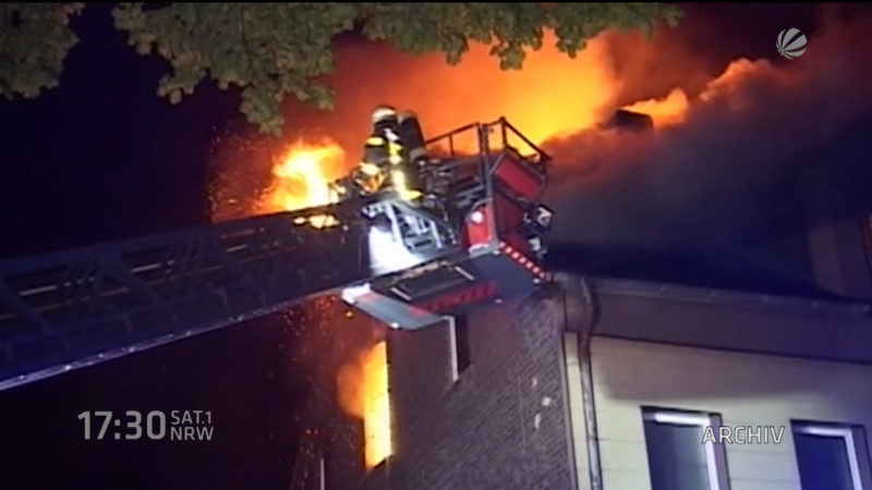 Menschen nach Brand gerettet (Foto: SAT.1 NRW)