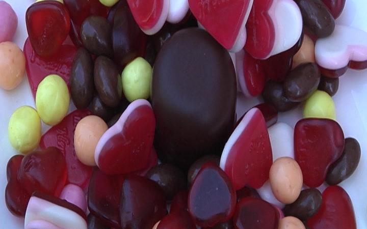 Keine Langweile bei Süßigkeiten (Foto: Sat.1 NRW)