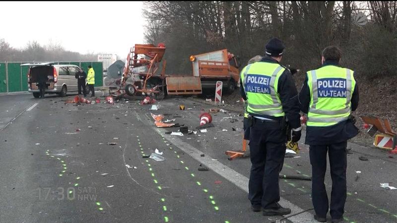 Toter Arbeiter auf A59 (Foto: SAT.1 NRW)