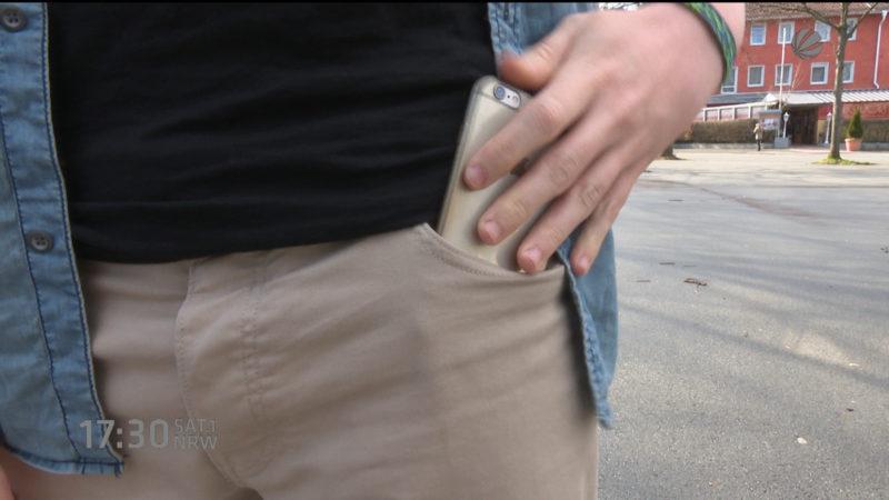 Unterhosen schützen vor Handystrahlung (Foto: SAT.1 NRW)
