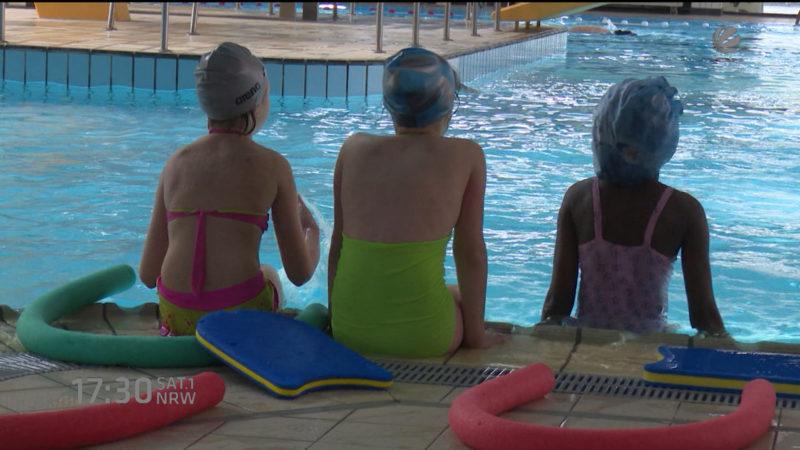 Sexuelle Übergriffe in Kölner Schwimmbad (Foto: SAT.1 NRW)