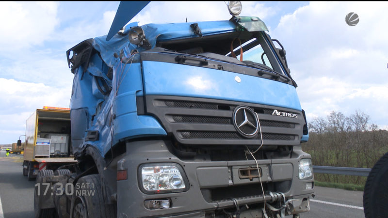 Unfall auf A31 (Foto: SAT.1 NRW)