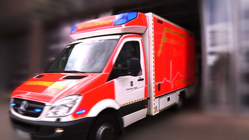 Rettungswagen mit Absicht blockiert (Foto: SAT.1 NRW)