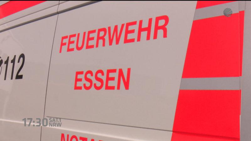 Reifen bei Notarzt zerstochen (Foto: SAT.1 NRW)