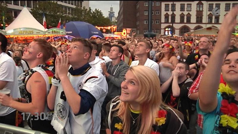 Public Viewing zum ersten Mal in Düsseldorf (Foto: SAT.1 NRW)