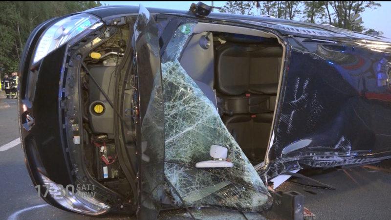 Autofahrer filmt Crash in Hagen (Foto: SAT.1 NRW)