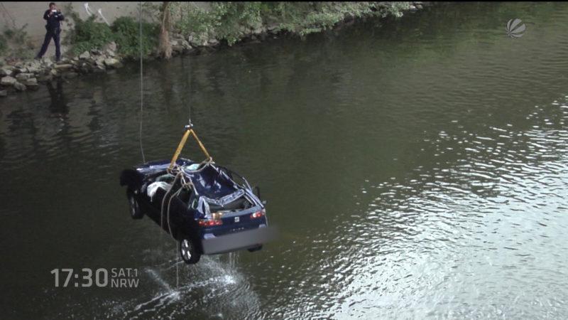 Nach Sturz in Ruhr: Fahrer tot (Foto: SAT.1 NRW)