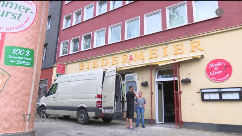 Kevin Großkreutz eröffnet Restaurant (Foto: SAT.1 NRW)