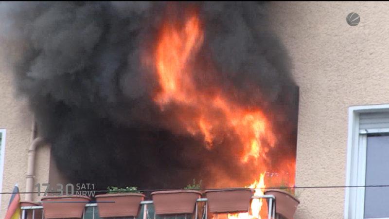 Feuer in Essener Hochhaus (Foto: SAT.1 NRW)