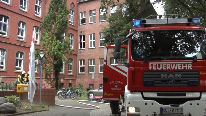 Feuer im Flüchtlingsheim (Foto: SAT.1 NRW)