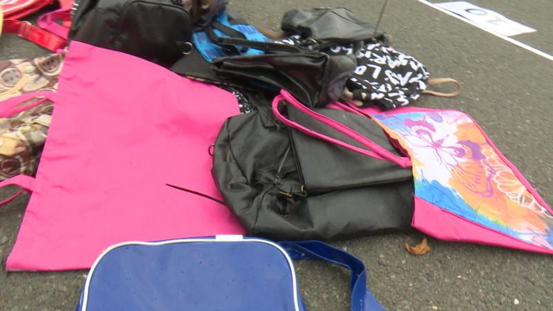 Handtaschen-Weitwurf-WM (Foto: SAT.1 NRW)