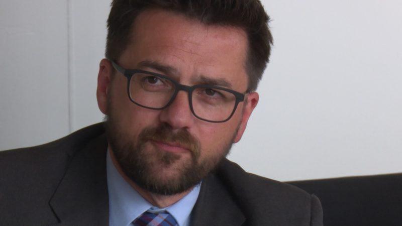 Anwalt deckt Mordversuch auf (Foto: SAT.1 NRW)