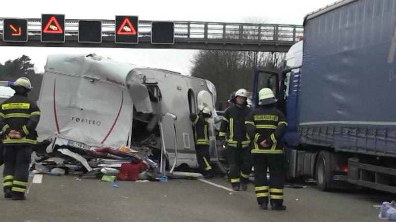 Ein Viertel mehr Unfälle durch LKW (Foto: SAT.1 NRW)